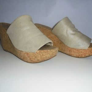 Lucky Brand Tan/Gold F Cork Wedge Mules